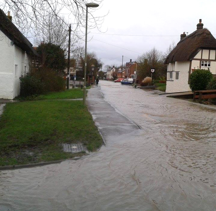 Flooding in Chalgrove, Oxfordshire, February 2014.  Photo: Julia Lawrence