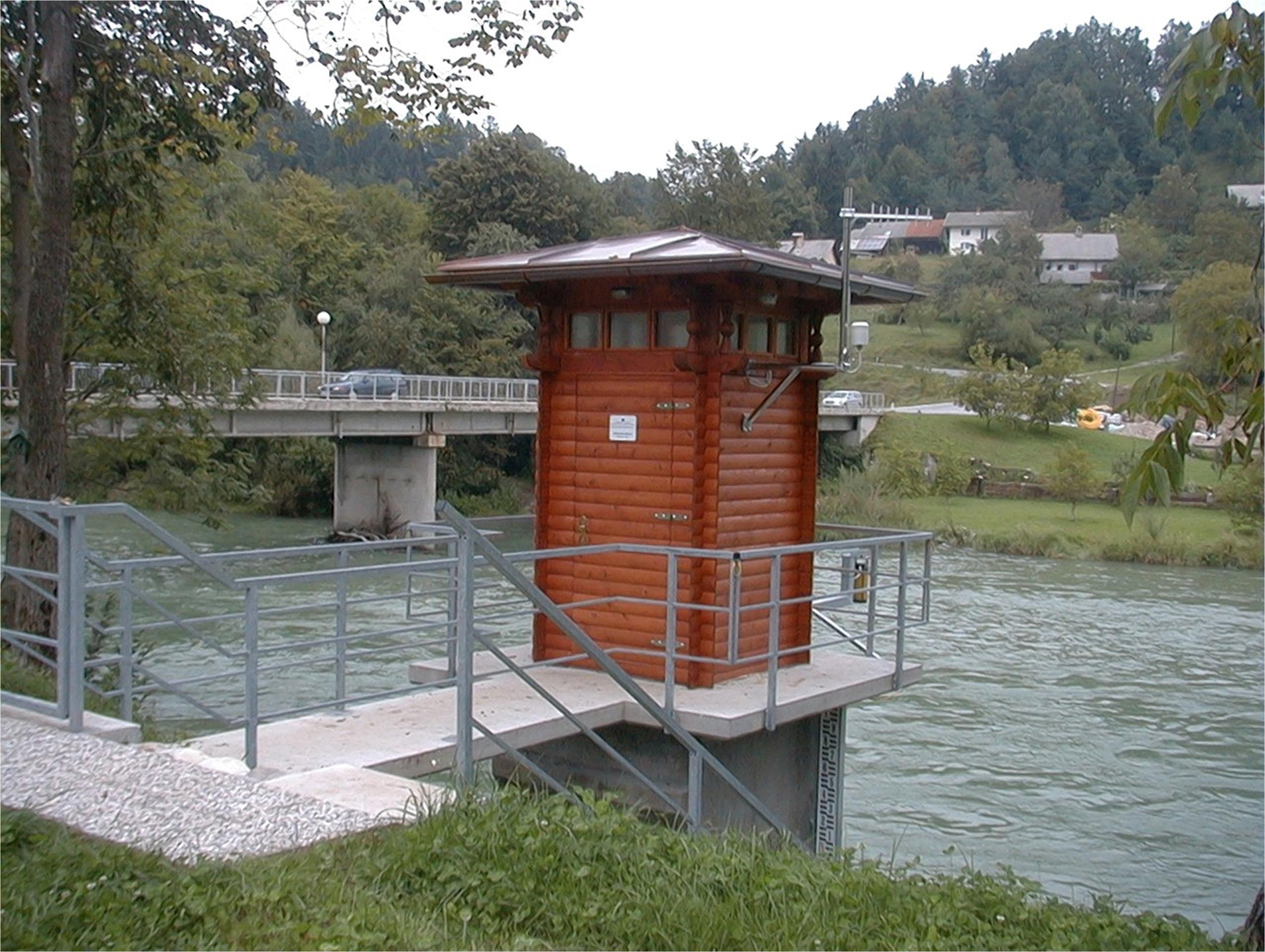 Gauging station Radovljica on the Sava River in Slovenia. Photo: Internatonal Sava River Basin Commission