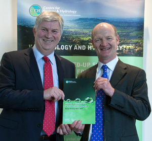 Prof Mark Bailey (left) with Science Minister  David Willetts holding a copy of the new CEH  Science Strategy. Photo Heather Lowther/CEH