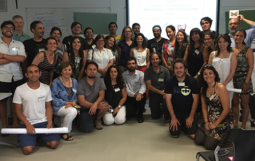 Participants at the end of a successful session on citizen science in Chile