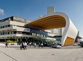 Austria Center Vienna photo: Marcus Winter (CC BY-SA 2.0)