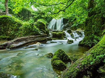 Waterfalls Photo: Janet Foss, Pixabay