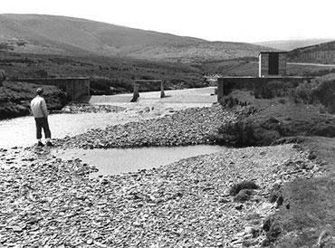Cefn Brywn crump weir on the river Wye