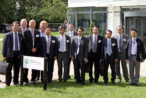 The delegation from the Vietnamese Ministry of Natural Resources and Environment with staff from CEH, BGS and British Water at CEH in Wallingford